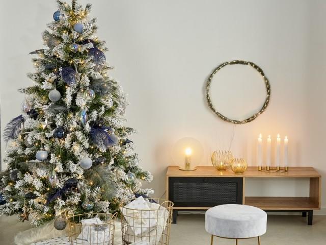 Une couronne de Noël minimaliste