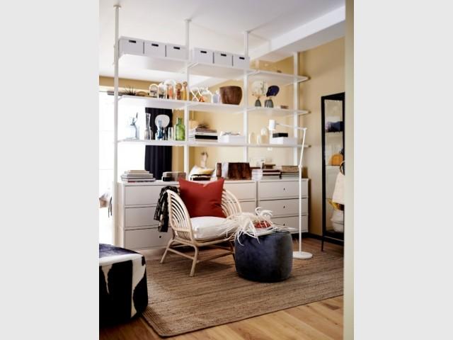 Une bibliothèque pour délimiter les espaces dans un studio