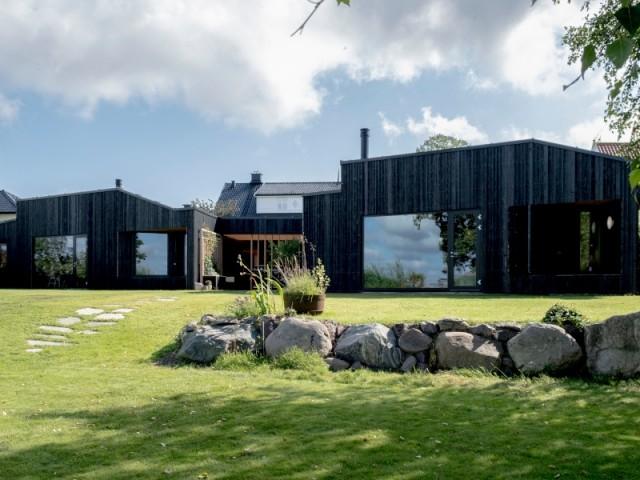 Une maison symétrique... ou presque