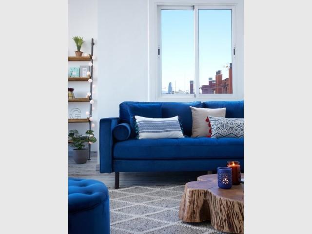 Un canapé 100% Classic Blue