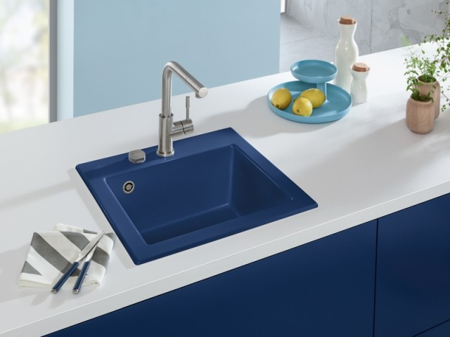 Un évier Classic Blue dans la cuisine