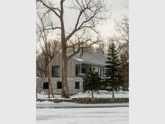 Une maison sur les bords du lac Saint-Louis
