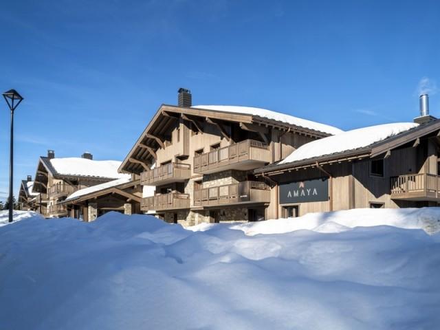 Une résidence au luxe discret les pieds dans la neige