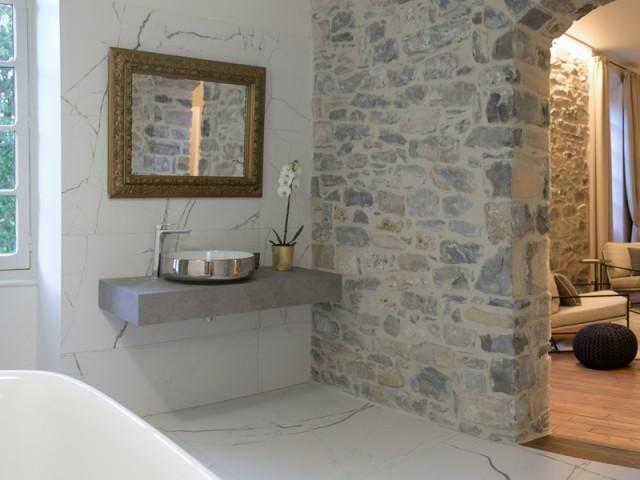Des salles de bains confortables et élégantes