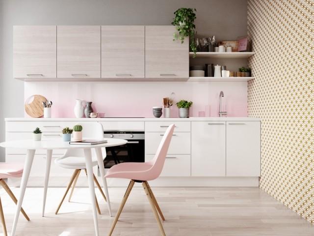 Une cuisine en I aux accents rose pastel
