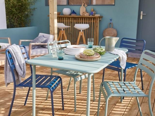 Un camaïeu de bleu pour salon de jardin esprit bord de mer