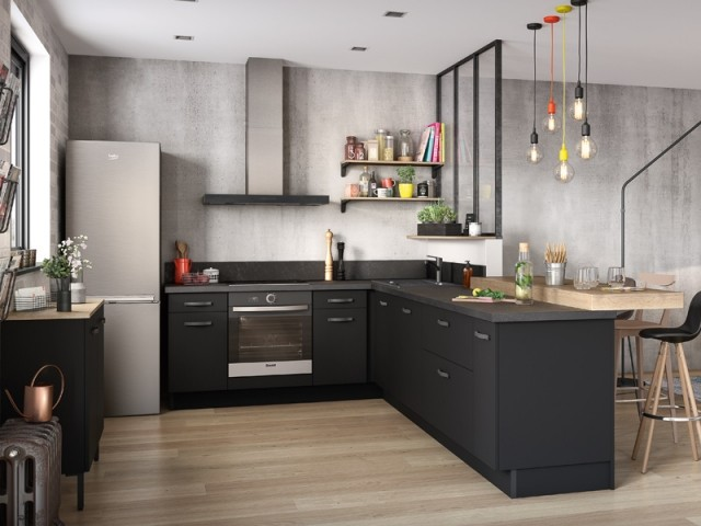 Une cuisine en L ouverte sur la pièce à vivre
