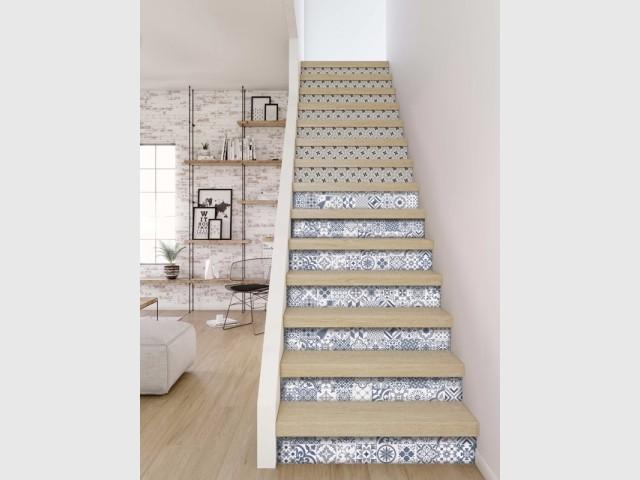 Des carreaux de ciment pour relooker son escalier