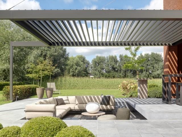 Une pergola bioclimatique pour vivre à l'extérieur comme à l'intérieur