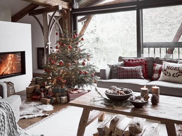 15 idées lumineuses pour décorer son sapin de Noël