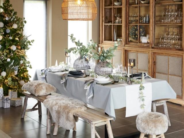 Une table de fêtes cosy pour une ambiance chalet