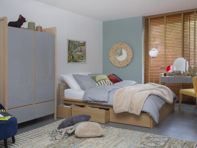 Des rangements cachés sous le lit  - Lit avec rangements Adams II, Habitat, prix : 1.199 €