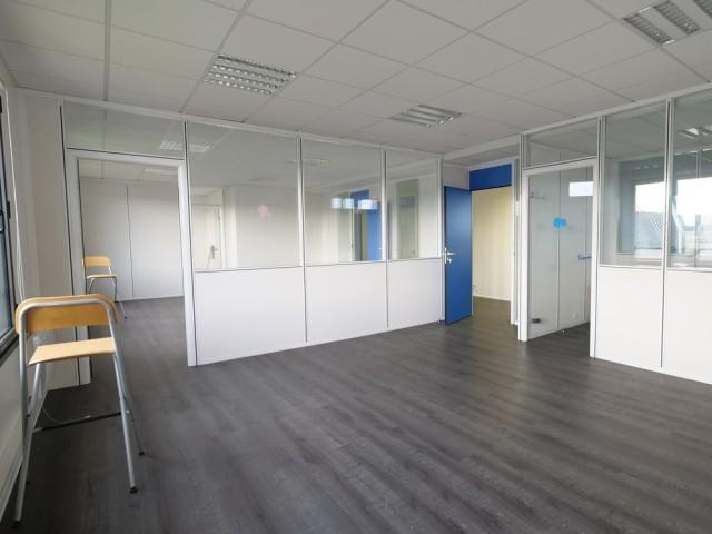 Avant : un plateau de bureaux à réinvestir