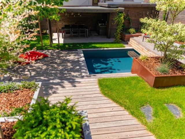 Un jardin plein de relief et de caractère
