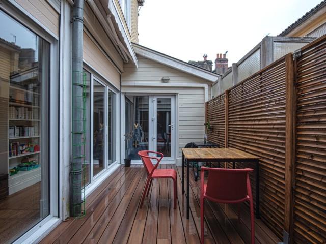 Une terrasse bien cachée sur les toits