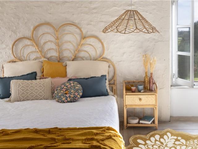 Tête de lit en rotin, Atmosphera, prix : 149 €
