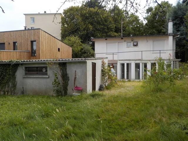 Avant : une petite maison des années 60