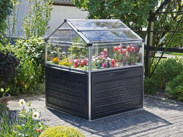Mini serre de jardin potager, 249 €, Leroy Merlin