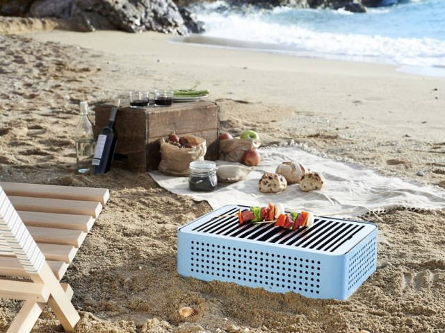 Barbecue portable Mon Oncle, RS Barcelone chez Made in design by Printemps, prix : 270 €