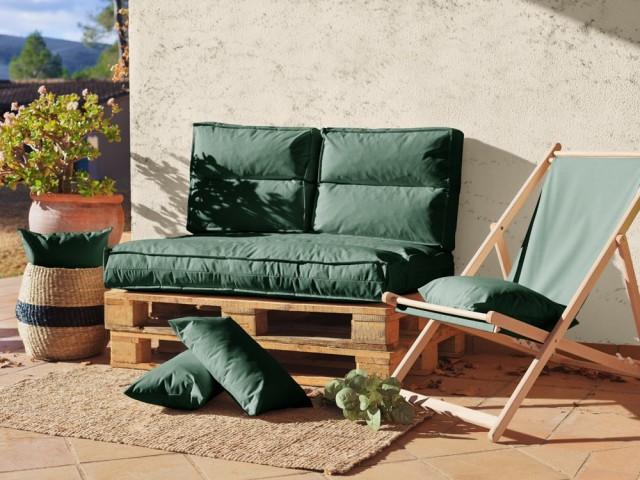 Un canapé en palettes à l'esprit nature