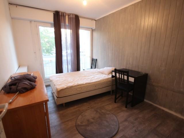 Avant : des chambres ternes et peu confortables