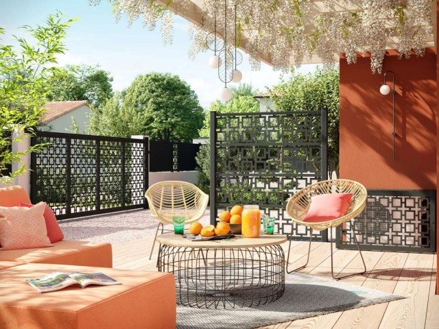 Un brise-vue décoratif pour préserver sa terrasse