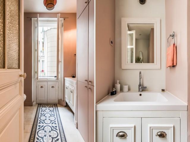 Une salle de bains habilement mise en lumière
