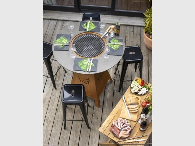 Le plus polyvalent : table barbecue plancha brasero Magma
