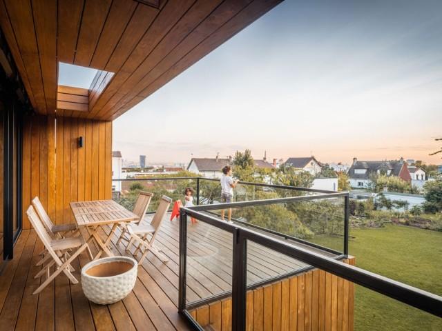 Une terrasse astucieusement protégée