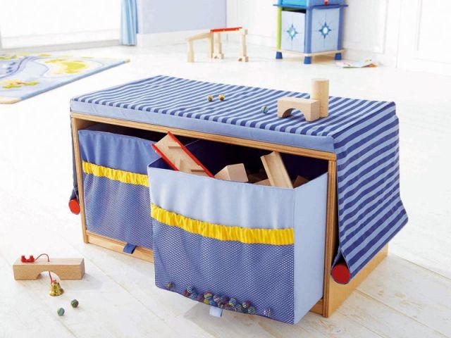 des rangements interdits aux grands. Black Bedroom Furniture Sets. Home Design Ideas
