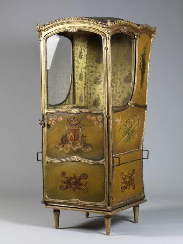Chaise porteur - vente enchères Royal Monceau