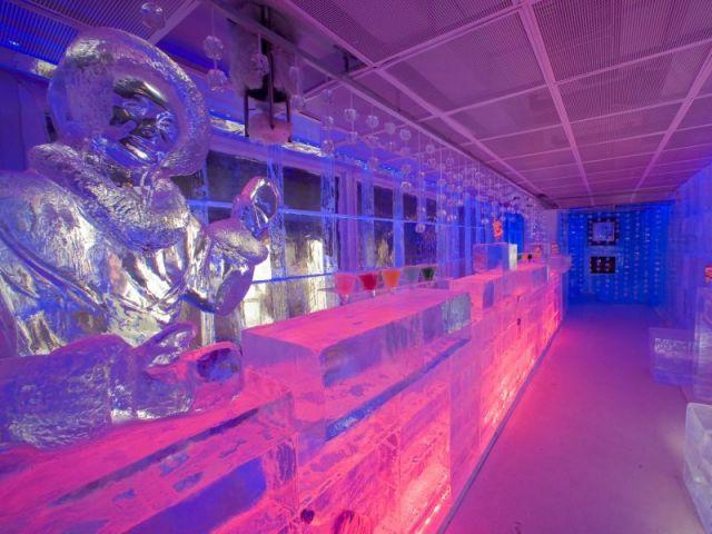 Bar de glace du Kube Hôtel.