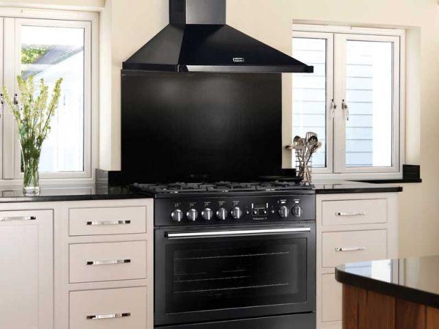 les pianos ces objets d co avec lesquels on cuisine. Black Bedroom Furniture Sets. Home Design Ideas