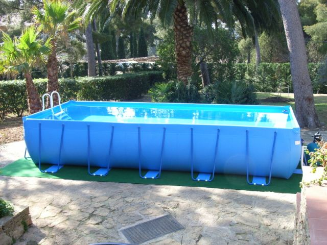 Bien choisir sa piscine hors sol for Amenagement piscine hors sol photo