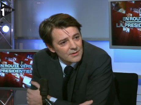 """François Baroin sur iTélé, le mardi 18 janvier 2011, dans le cadre de l'émission matinale iTélé/Radio Classique """"<i>En route vers la présidentielle"""", </i>présentée par Guillaume Durand et Michaël Darmon."""