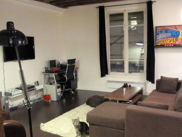 1 couple rel ve le d fi de meubler son appartement exclusivement sur ebay. Black Bedroom Furniture Sets. Home Design Ideas