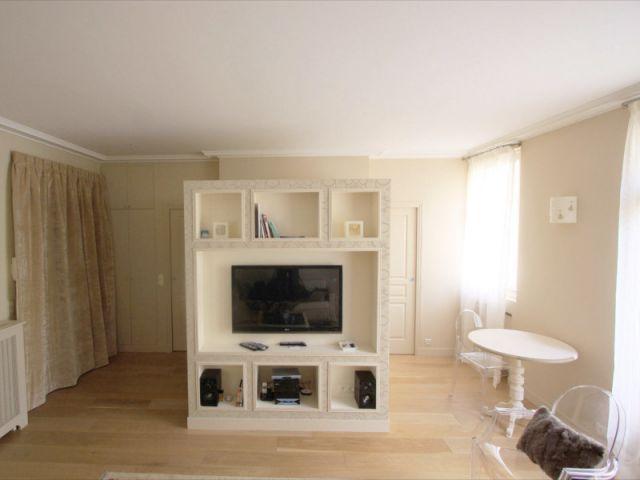 1 studio am nag autour d 39 1 cube. Black Bedroom Furniture Sets. Home Design Ideas