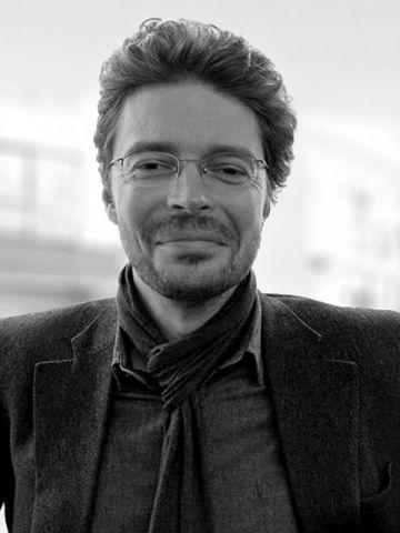 Alain Berteau, fondateur d'Objekten, maison d'édition belge.