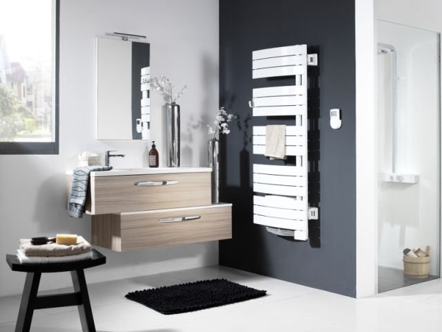 bien choisir son radiateur s che serviettes. Black Bedroom Furniture Sets. Home Design Ideas