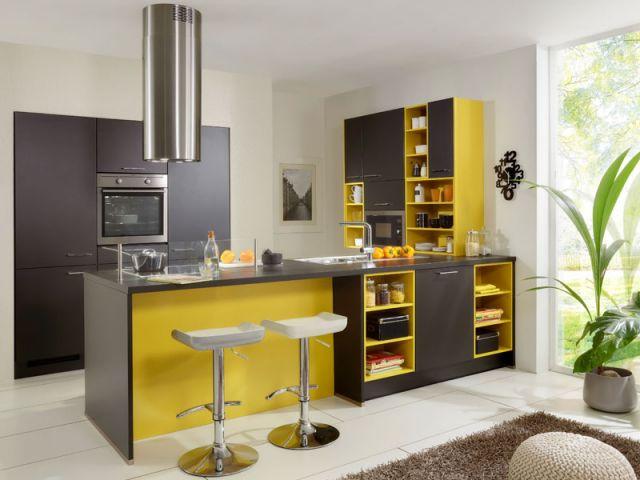 des id es pour mettre une touche de couleur dans sa cuisine. Black Bedroom Furniture Sets. Home Design Ideas