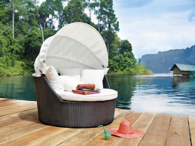 mobilier outdoor ces cocons qui invitent la d tente et. Black Bedroom Furniture Sets. Home Design Ideas