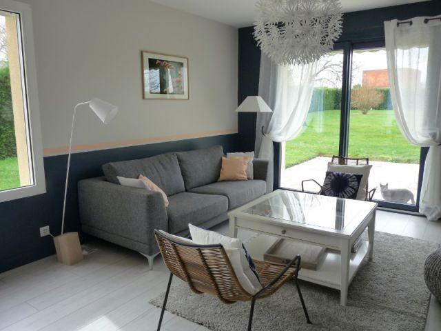 1 salon d mod retrouve fra cheur et convivialit. Black Bedroom Furniture Sets. Home Design Ideas