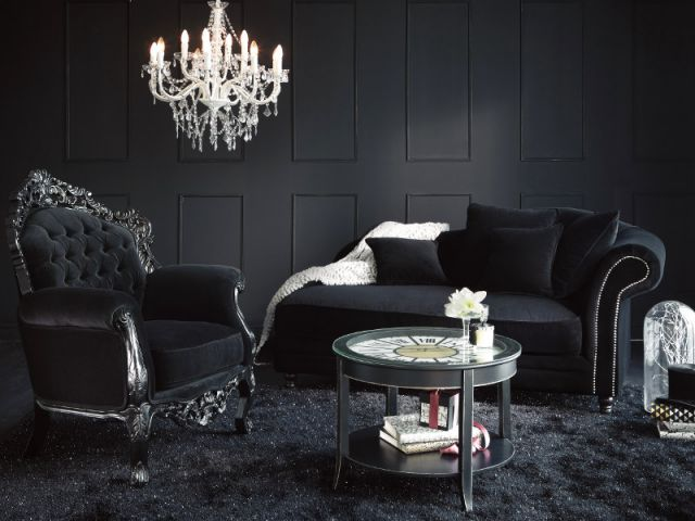 inspirations pour une d co gothique et baroque. Black Bedroom Furniture Sets. Home Design Ideas