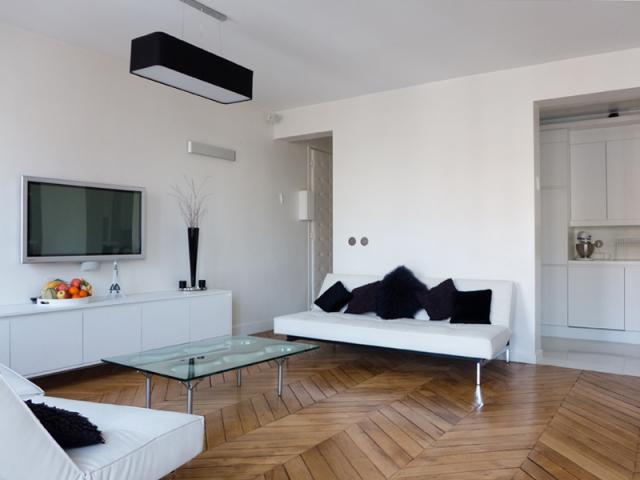 1 115 m2 se r invente autour d 39 une cuisine immacul e. Black Bedroom Furniture Sets. Home Design Ideas