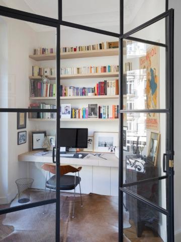 Une verrière d'intérieur pour créer un coin bureau