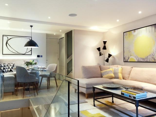 r novation une maison de ville renoue avec les ann es 70. Black Bedroom Furniture Sets. Home Design Ideas