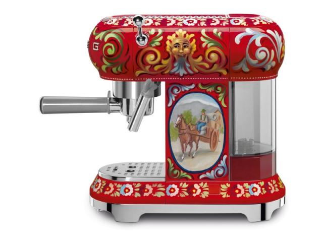 Machine à café SMEG et Dolce & Gabbana