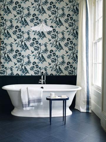 Une salle de bains qui évoque le ciel