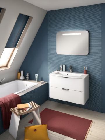Une salle de bains striée