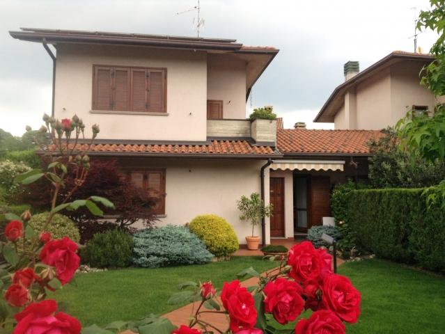 Claudio habite à Bergame, en Italie